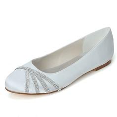 Vrouwen Satijn Flat Heel Closed Toe Flats met Strass (047058261)