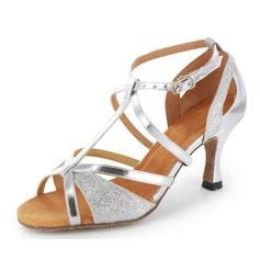 Женщины Мерцающая отделка Лакированная кожа На каблуках Сандалии Латино с Т-ремешок Обувь для танцев (053020378)