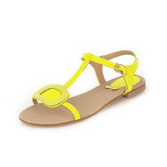 Konstläder Flat Heel Sandaler Platta Skor / Fritidsskor Peep Toe Slingbacks med Spänne skor (087048843)