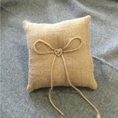 простой Кольцо подушки в Ткань с Лук/Стразы/Кружева (103151826)