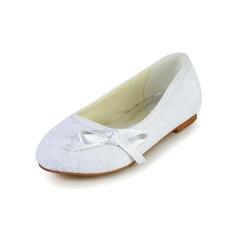 Muchacha Punta Cerrada Spitze Satin Talón plano Planos Zapatos de niña de las flores con Bowknot (207095475)